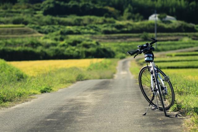 里山風景と自転車